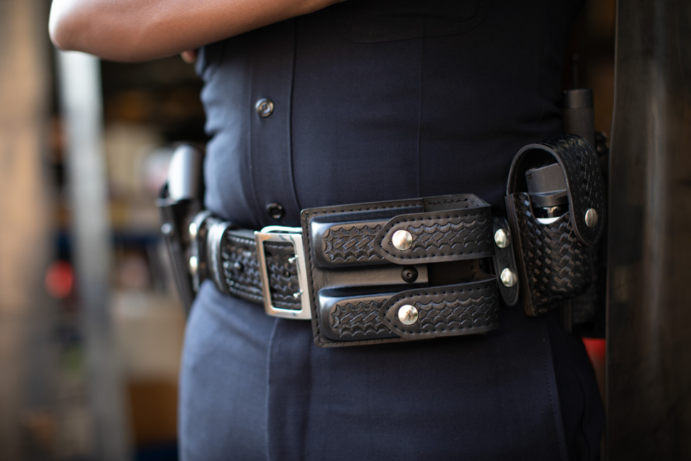 Police Officer wearing a Safariland® duty belt