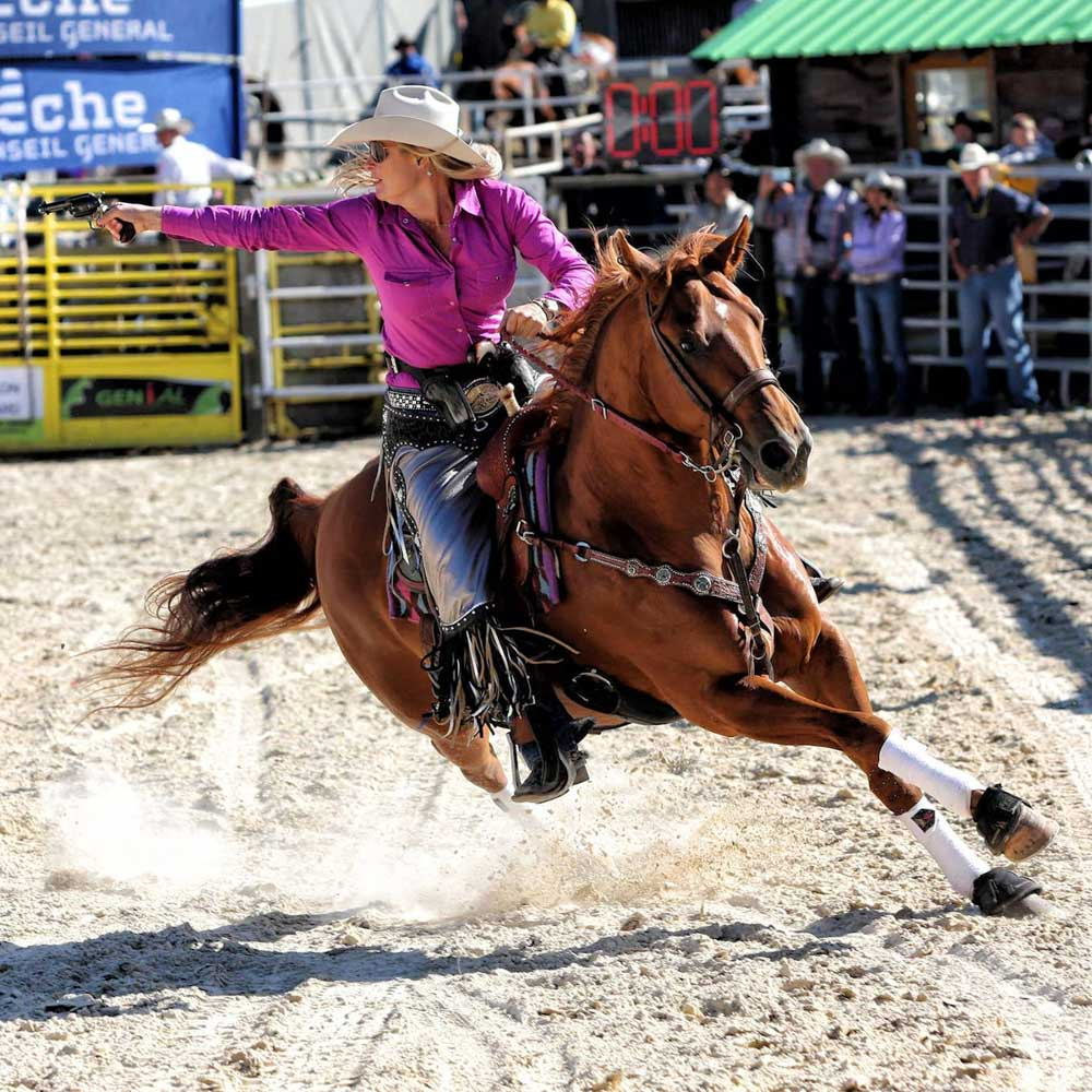 Kenda Lenseigne Cowboy Shooter at CMSA French Championship